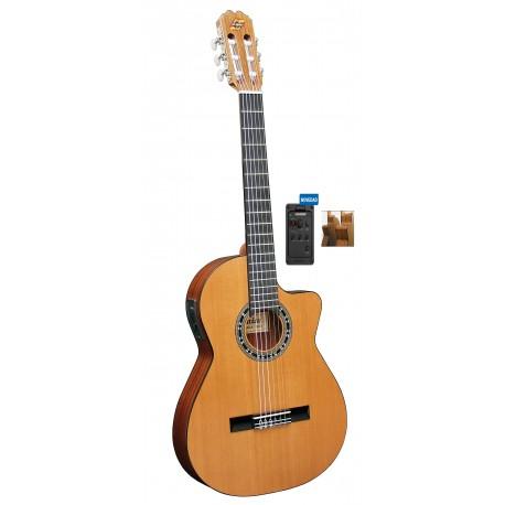 """Guitarra """"ADMIRA"""" Malaga Electrificada Cutaway Estrecha FISHMAN"""