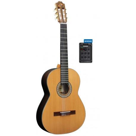 """Guitarra """"ADMIRA"""" Virtuoso Electrificada FISHMAN"""
